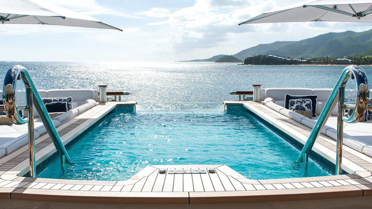 QUATTROELLE - piscinas