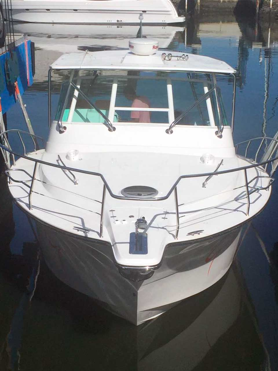 Barco-indo-para-água-Sedna-Yachts-XFI-335-Boat-Shopping