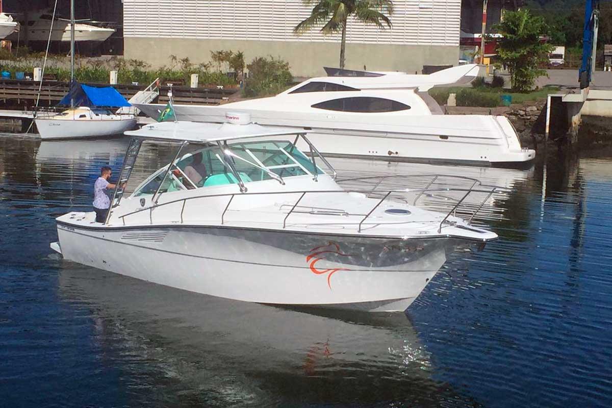 Sedna-Yachts-XFI-335-Boat-Shopping-na-agua