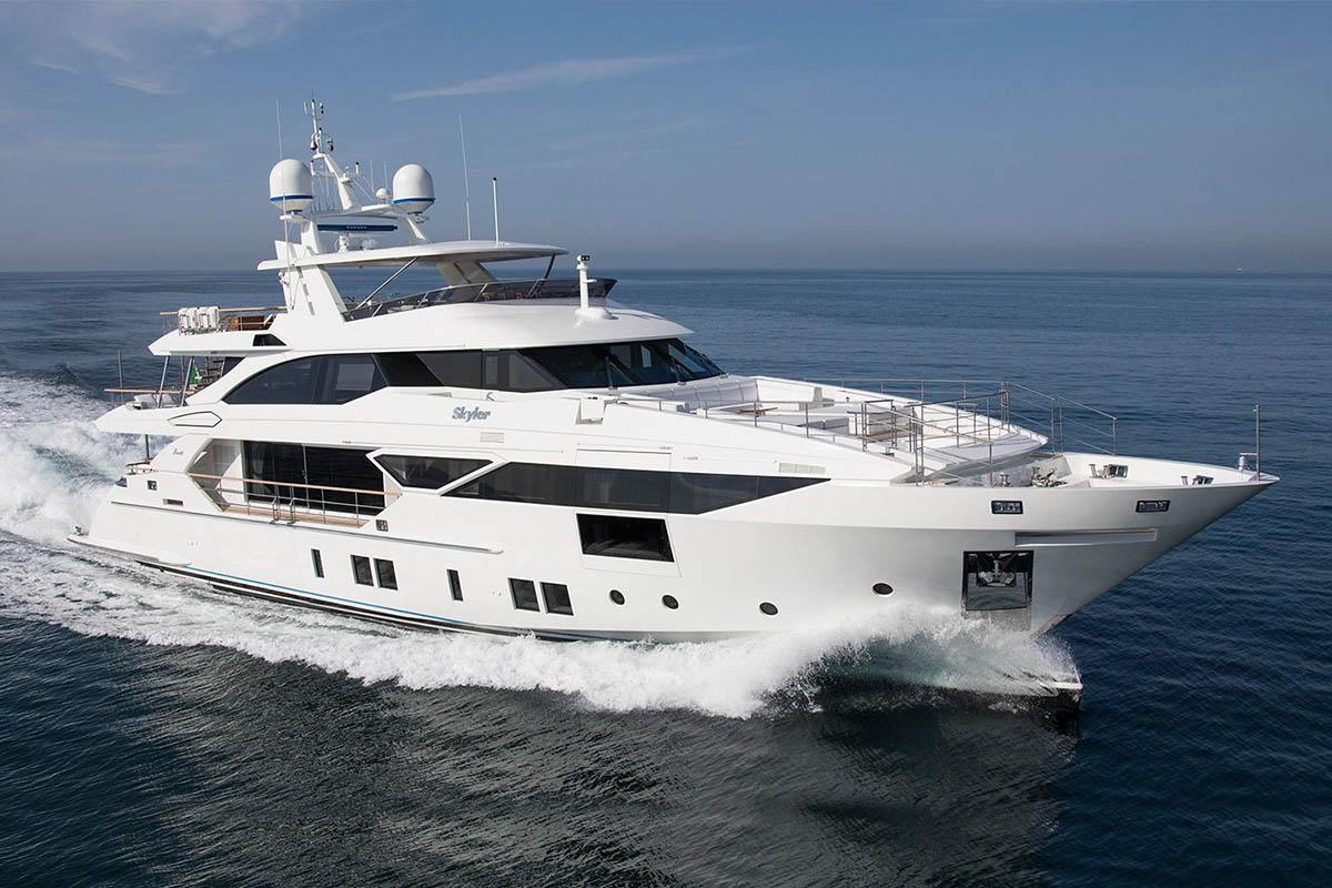 Skyler-iate-entregue-Benetti-Fast-125-boatshopping-1