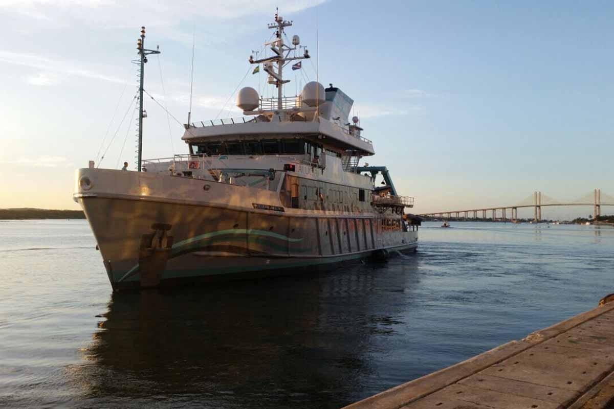 navio oceanografico alucia boat shopping