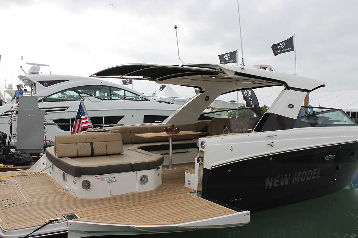 SP Marine com Sea Ray 400 SLX - boat shopping (20)