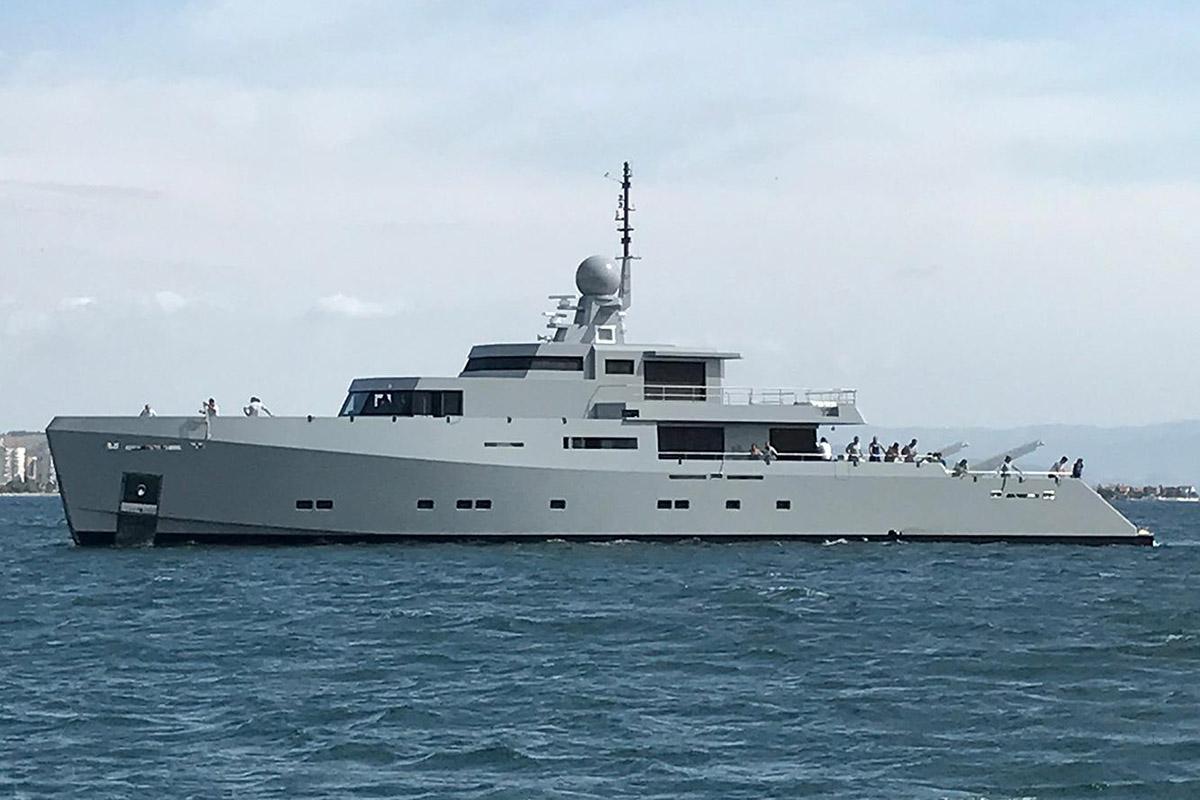 Tansu-iate-Cyclone-lancado-boatshopping