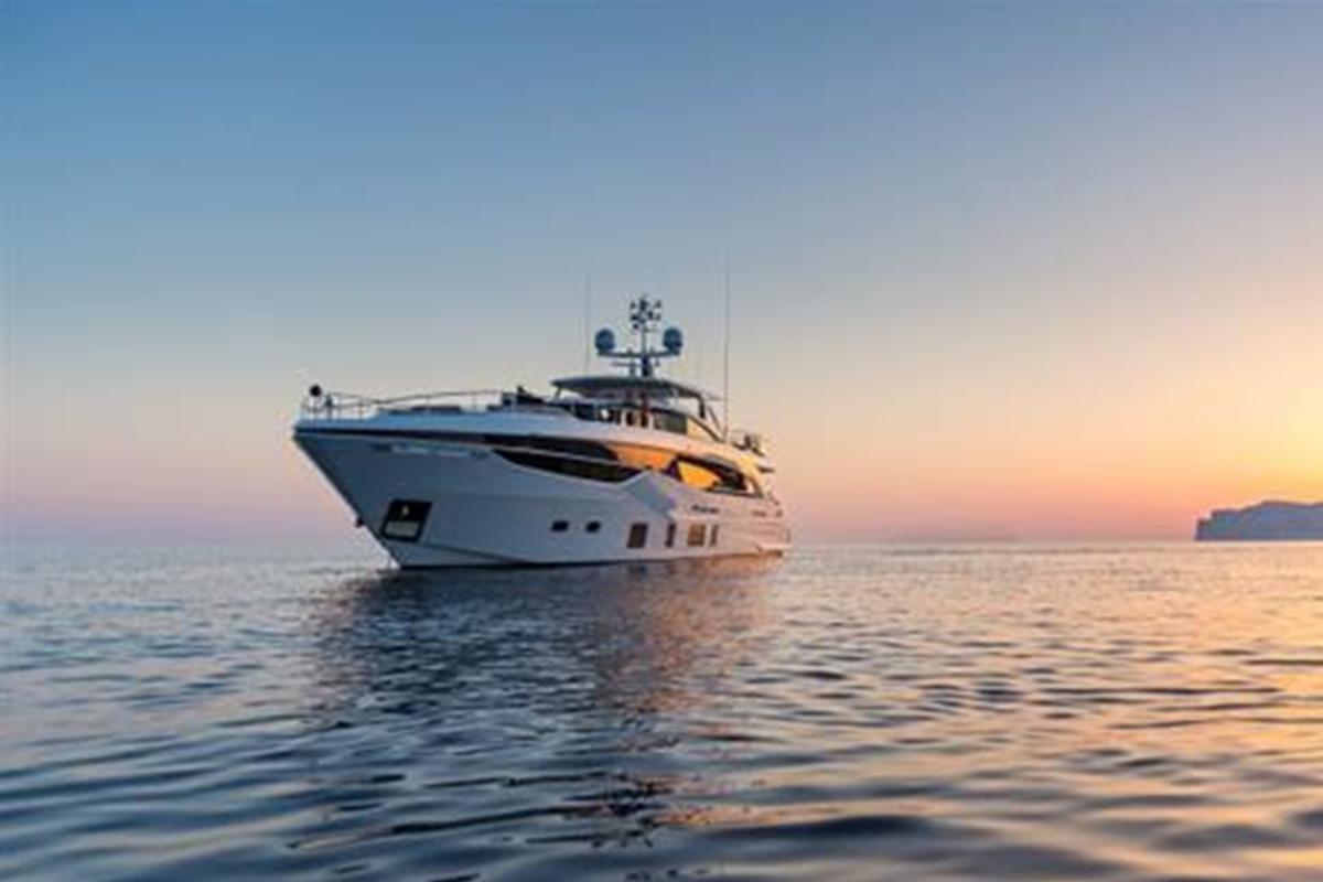 Princess-35-M-video-boatshopping
