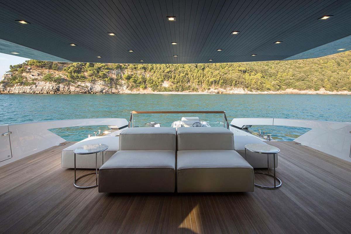 Sanlorenzo-revela-mais-detalhes-SX88-Crossover-boatshopping