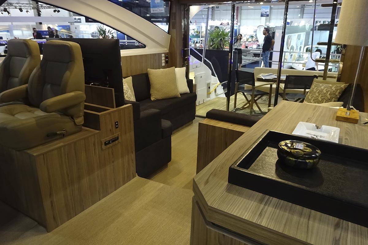 Cimitarra 540 Boat Review - Boat Shopping