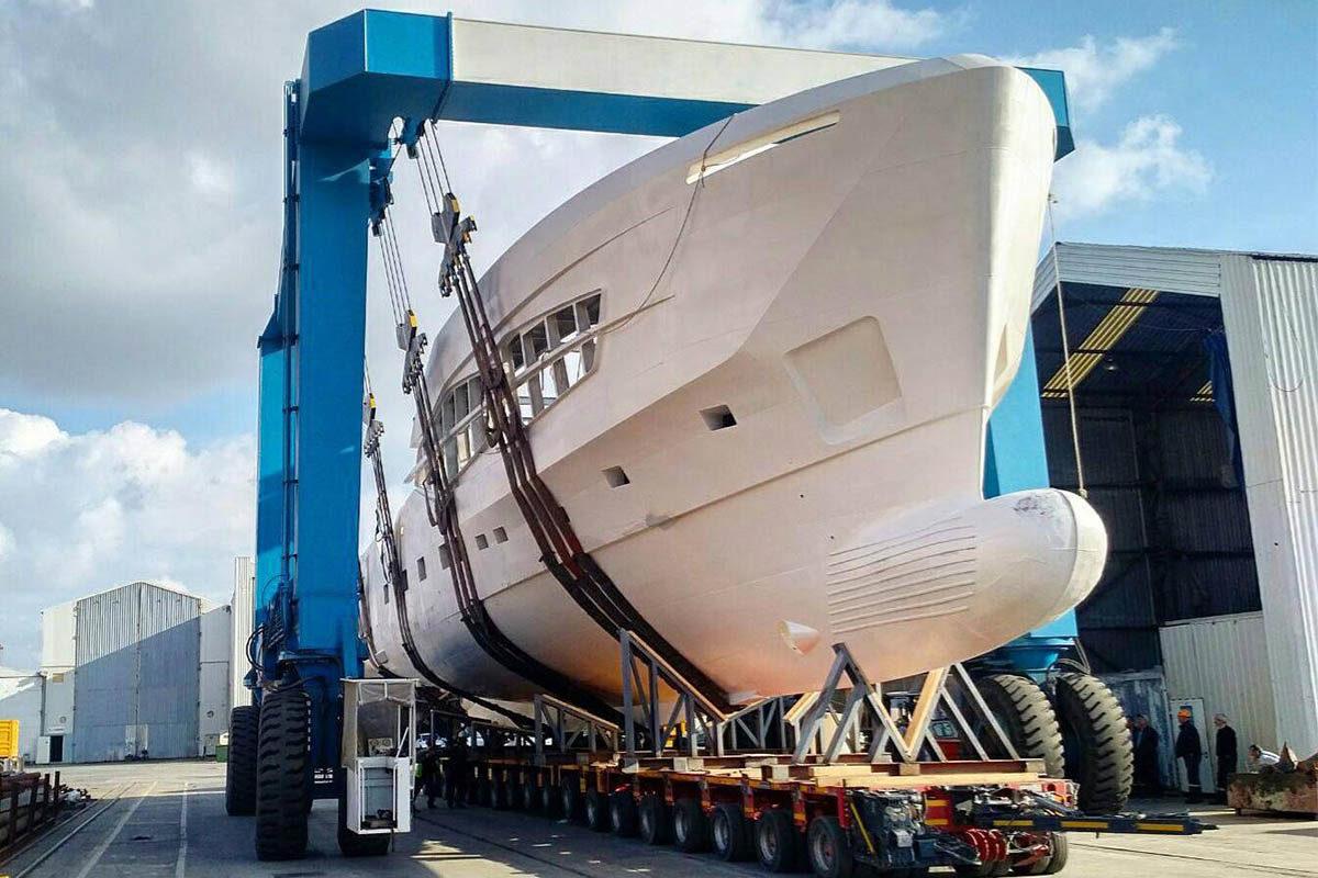 Segunda-Numarine-32xp-toma-forma-na-turquia-boatshopping