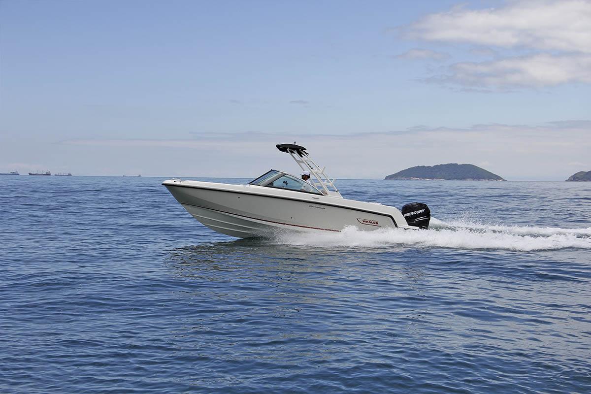 Boat-Teste-Boston-Whaler-230-boatshopping