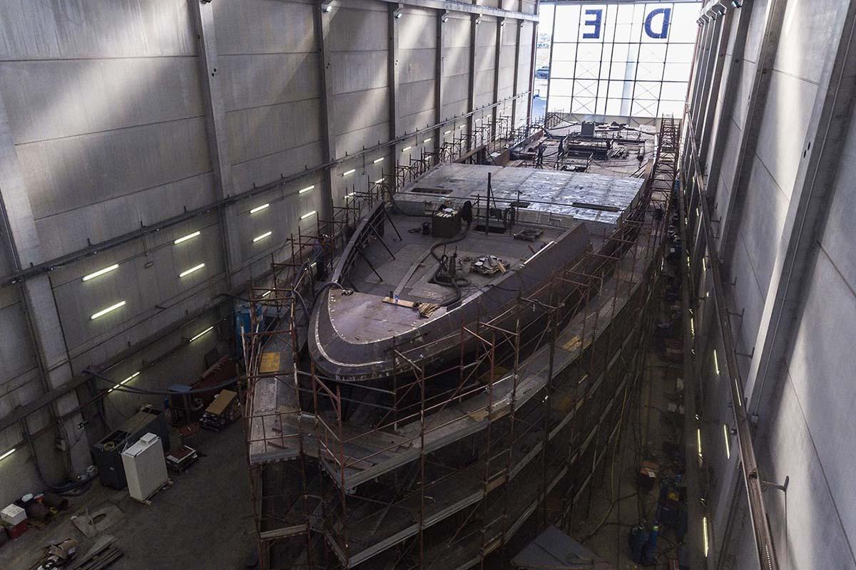 Codecasa-F74-de-65m-toma-forma-boatshopping