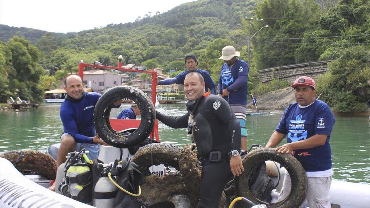 Projeto-Limpeza-dos-Mares-boatshopping