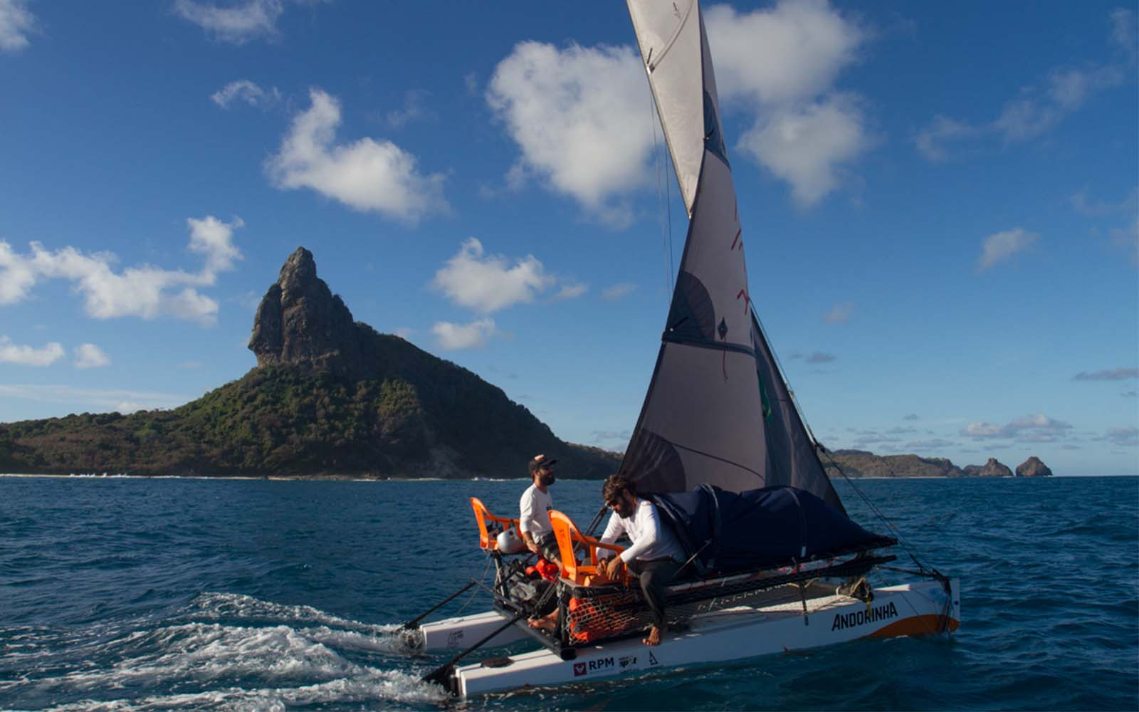 velejadores projeto noronha - boat shopping
