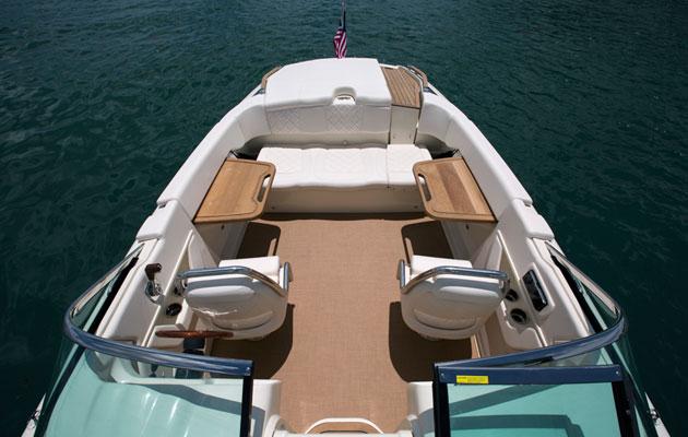 Chris craft revela imagens da nova capri 25 boat shopping for Chris craft capri 25