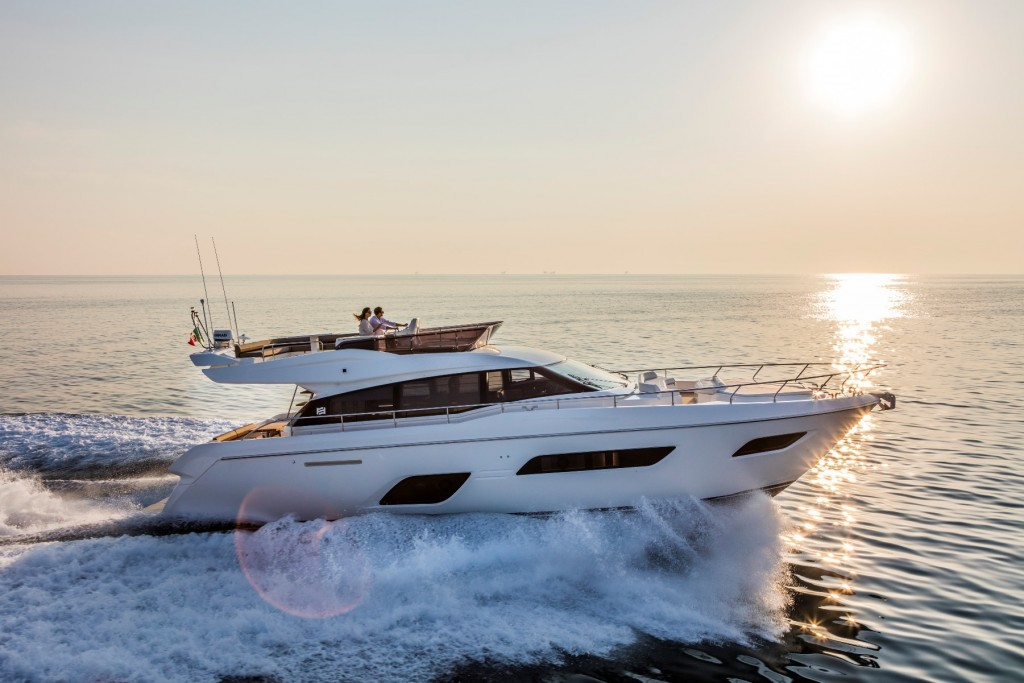 Ferretti Yachts 550 - boat shopping