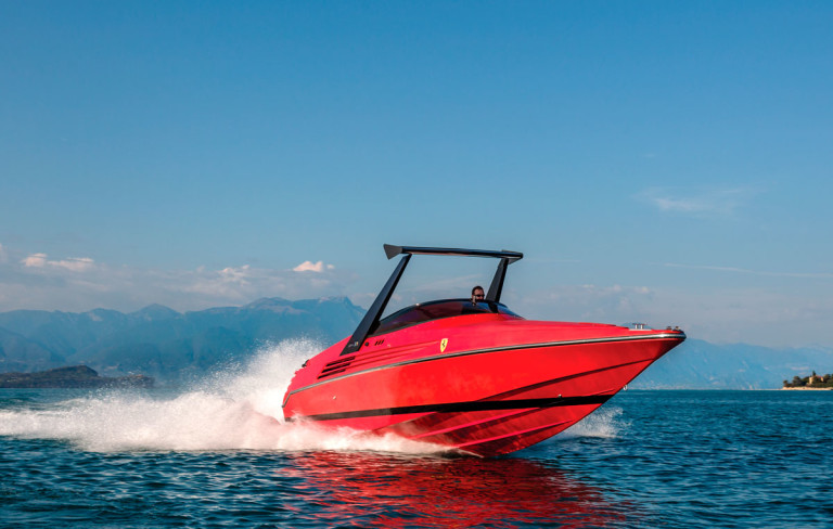 1990-Riva-Ferrari-32_Cymon-Taylor-c-2015-Courtesy-RM-Sothebys_6-768x488