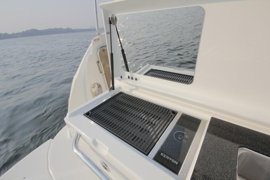 """Churrasqueira elétrica é a grande """"vilã"""" do consumo. Se seu barco possuir uma, o gerador tem que ser compatível"""