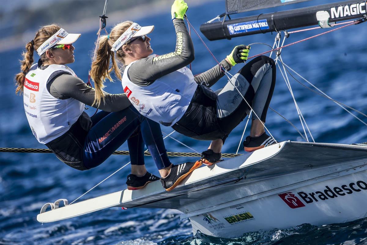 Martine Grael e Kahena Kunze na maior competição de vela do Brasil