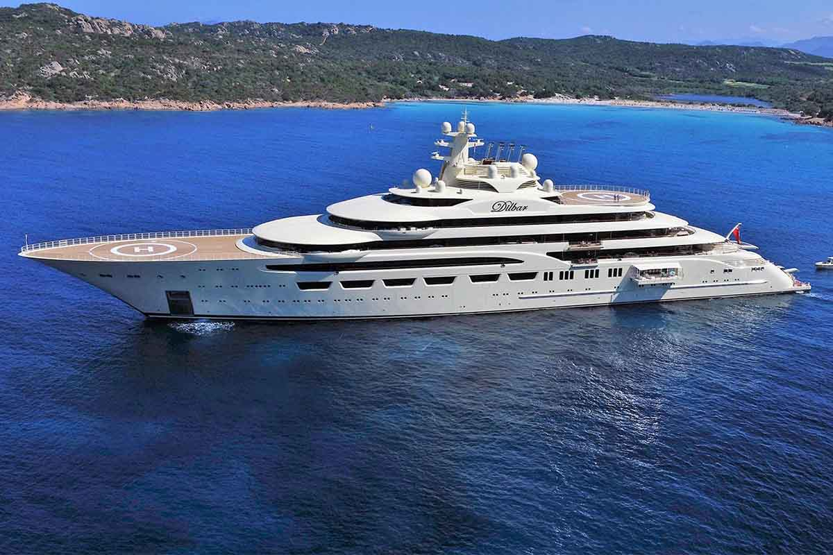 Dilbar eleito o motor yacht do ano pelo world superyacht for Motor boat awards 2017