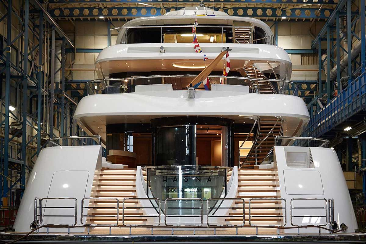Feadship-superyacht-hasna-launched-aft-view-tall