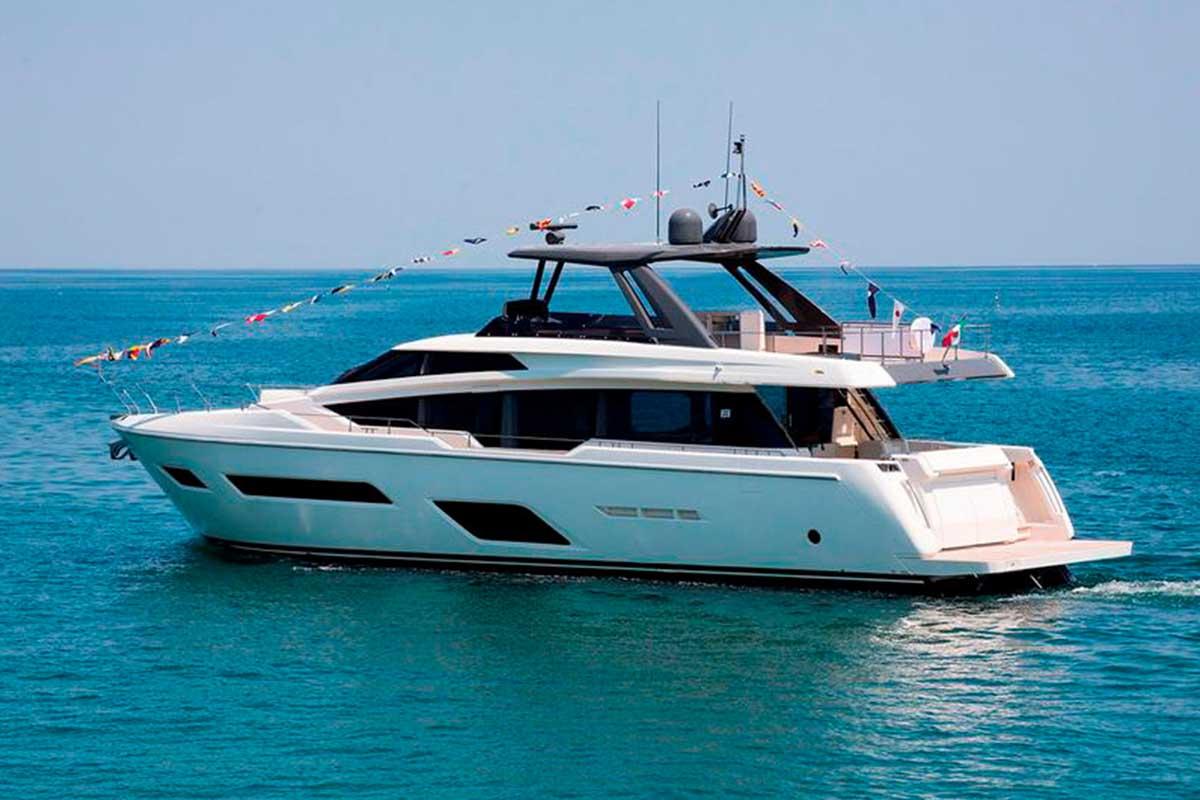 Ferretti Yachts-780-Boat-Shopping
