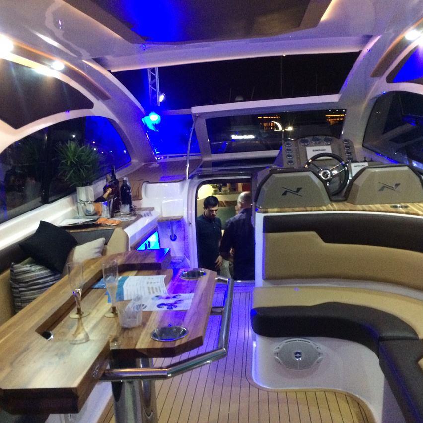 NX Boats 380 HT Horizon no Cabanga