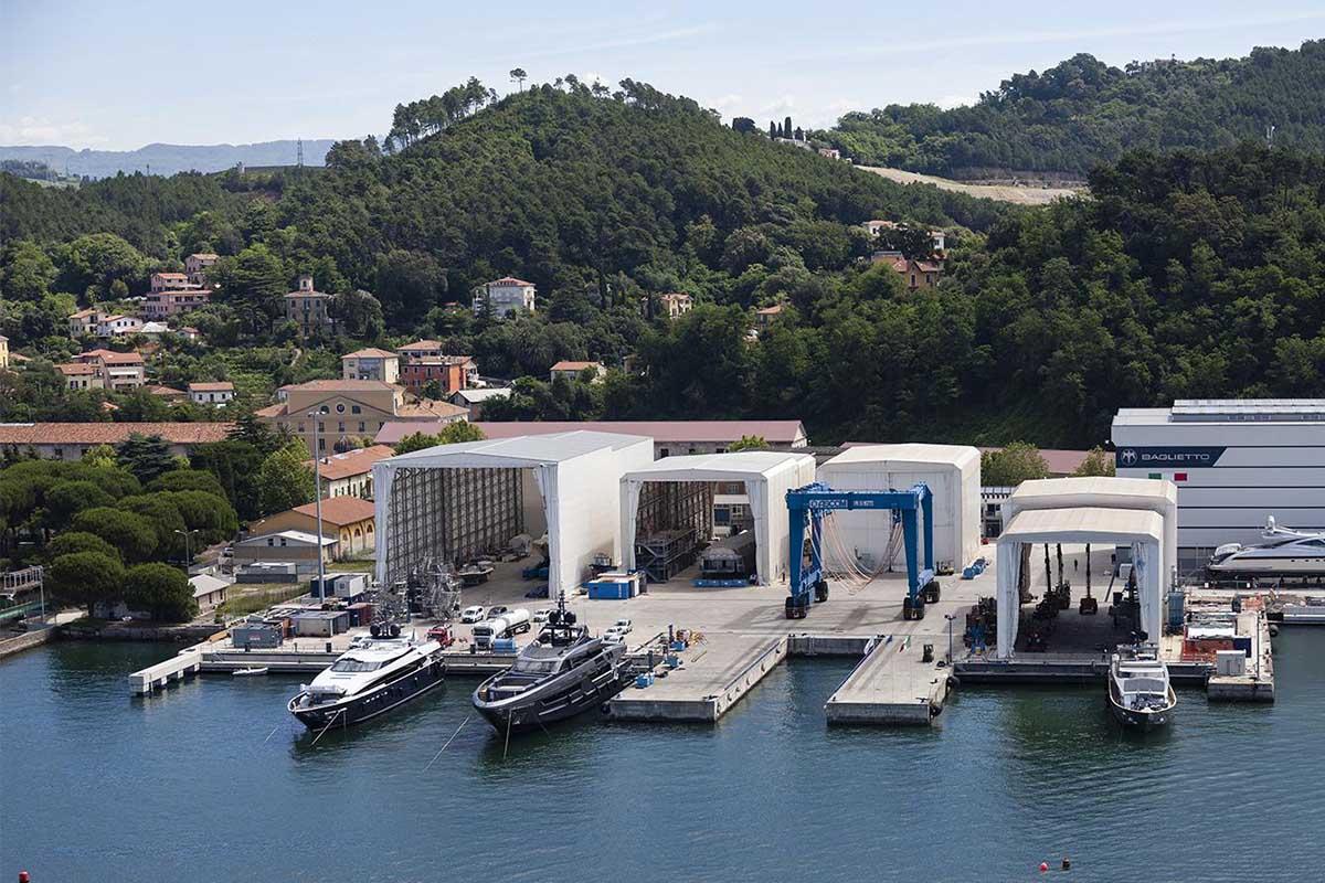 Baglietto-superiate-estaleiro-La-spezia-boatshopping