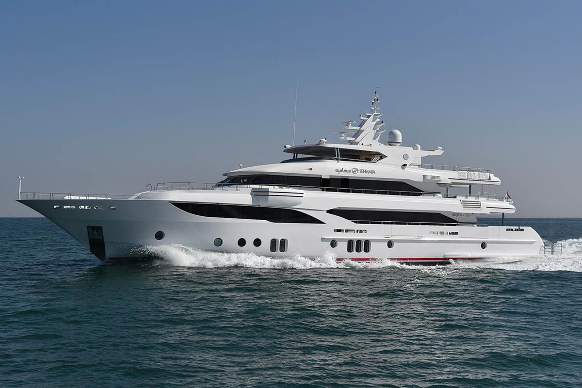 Gulf-Craft-Majesty-155-superiate-Sehamia-boatshopping