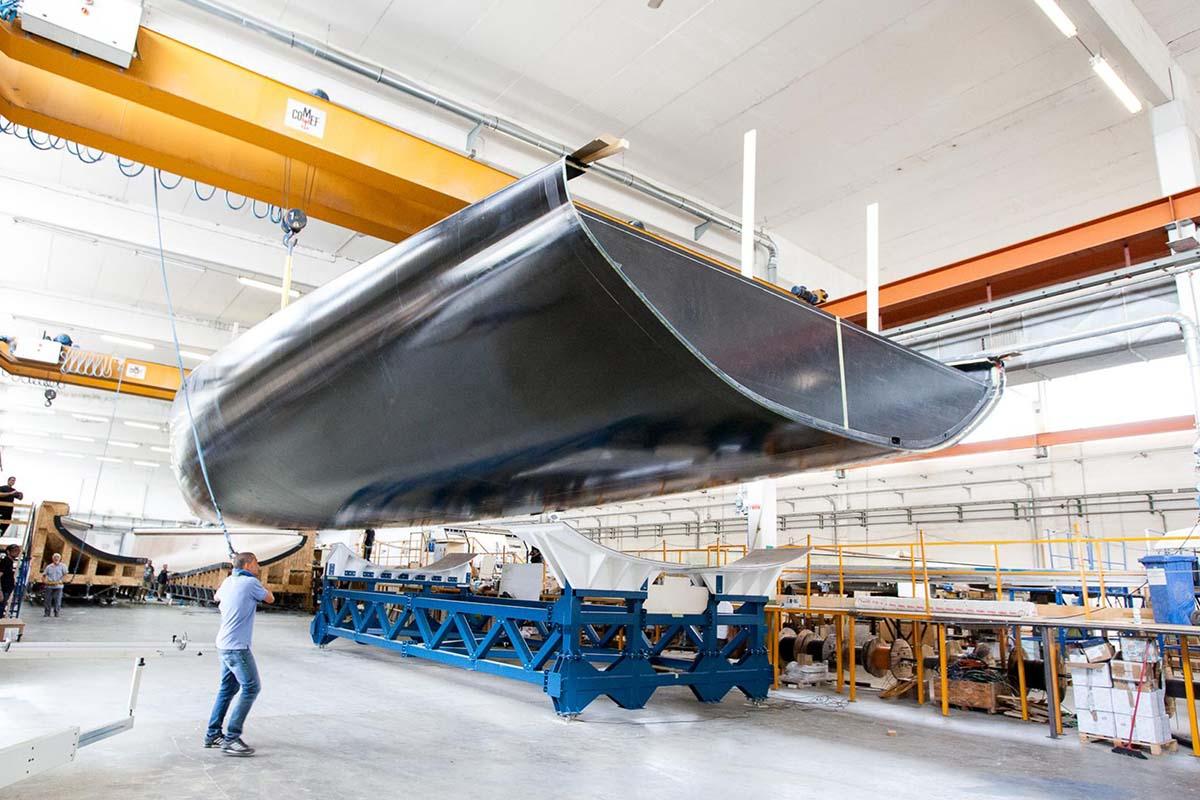 Wally-93-veleiro-em-construcao-boatshopping
