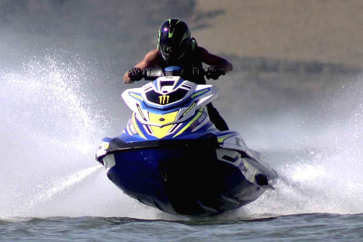 gildo teixeira jet sports contest - boat shopping