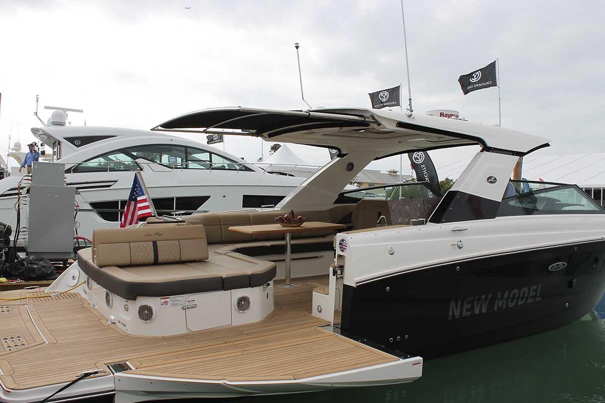 SP Marine com Sea Ray 400 SLX - boat shopping (20)