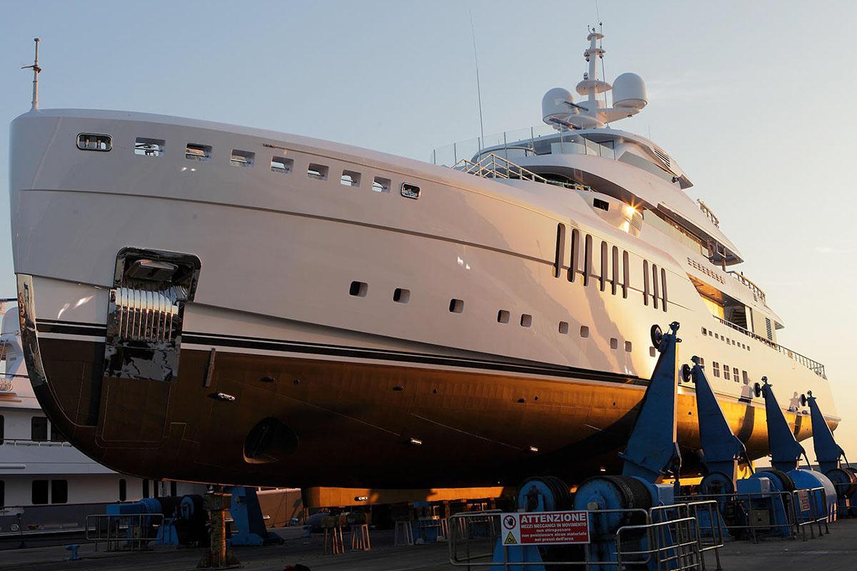 Benetti-entrega-Seasense-boatshopping