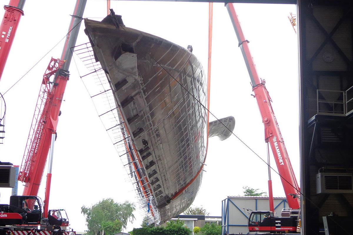 Royal-Huisman-projeto-RH399-quase-finalizado-boatshopping