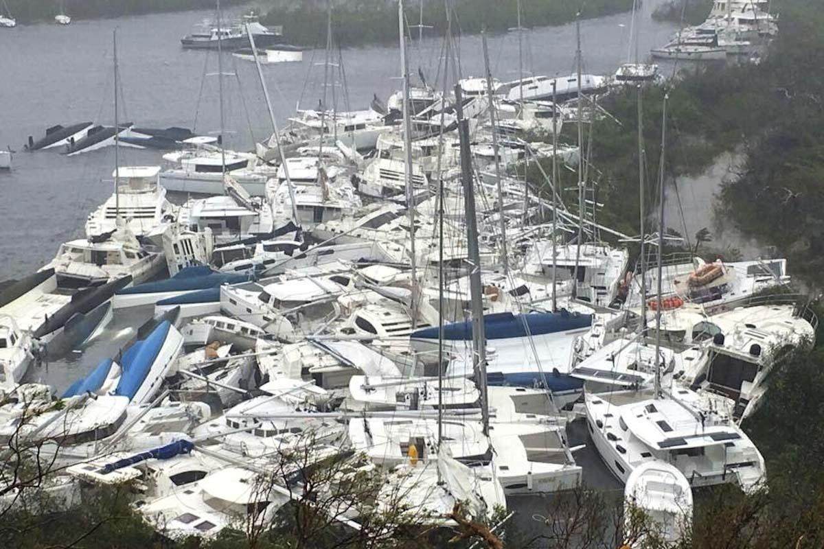 Furacoes-Irma-e-Harvey-danificaram-muitos-barcos-nos-EUA-boatshopping