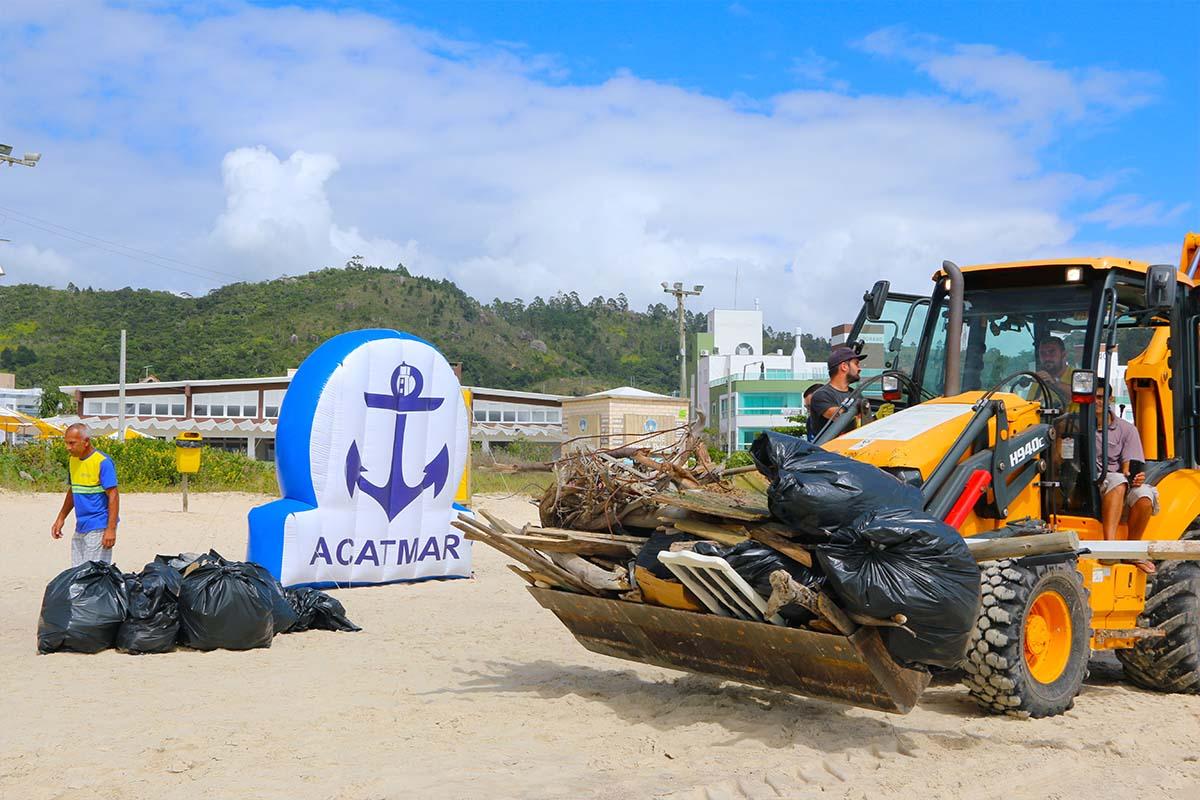Projeto-Limpeza-dos-Mares-Praia-de-Palmas-boatshopping