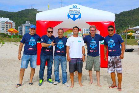 Projeto Limpeza dos Mares - boat shopping