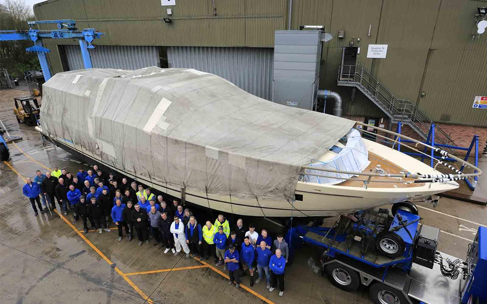 FairlineSquadron 78 - boat shopping