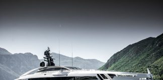 Saiba tudo sobre o superiate Rossinavi Aurora-boatshopping