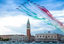 Ferretti comemora 50 anos com festa em Veneza-boatshopping