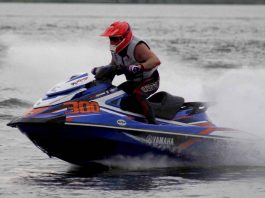 valdir brito junior no jet sports 2018 - boat shopping