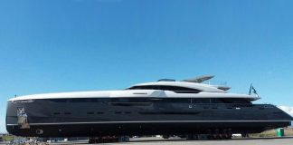 Confira uma tour a bordo do superiate Utopia IV-boatshopping