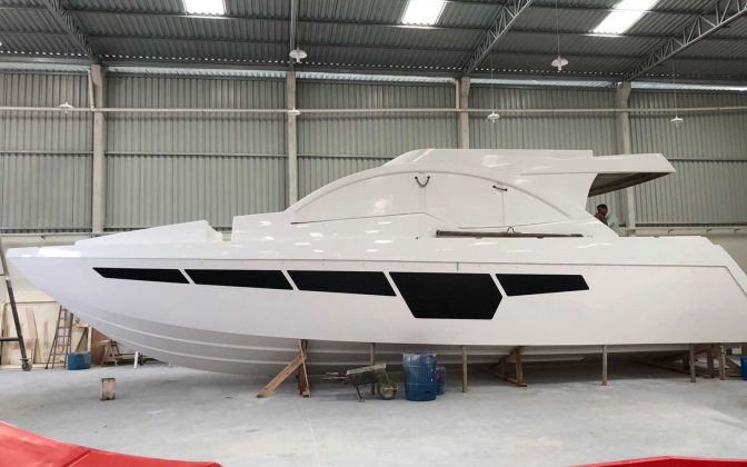 Top Line 560 Fly-02-boatshopping