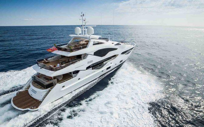 131 Yacht-boatshopping