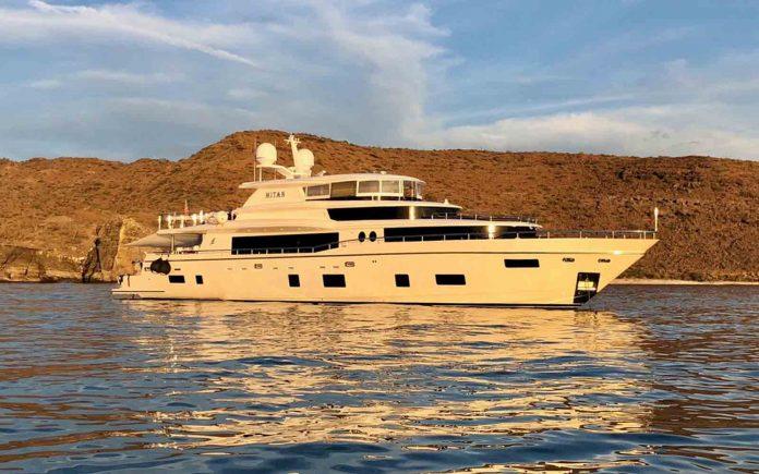 Johnson Yachts-Mitan-01-boatshopping