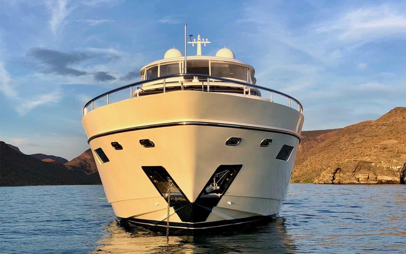 Johnson Yachts-Mitan-03-boatshopping
