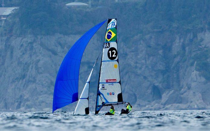 artine Grael e Kahena Kunze-vela-boatshopping