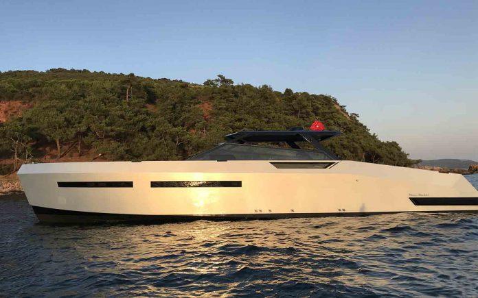 Mazu Yachts-52HT-07-boatshopping