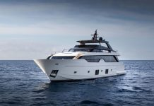 SL102-exterior-01-boatshopping