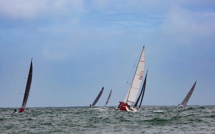 Regata Volta da Ilha dos Arvoredos-Suunto-Douglas Moreira-01-boatshopping