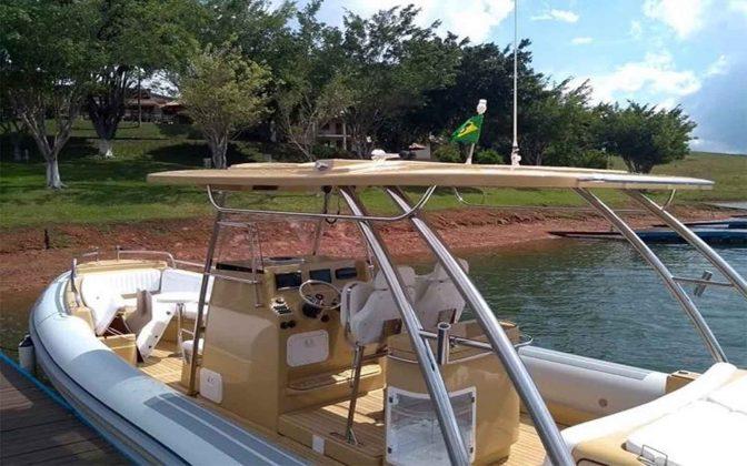 SR1000-Flexboat-01-boatshopping