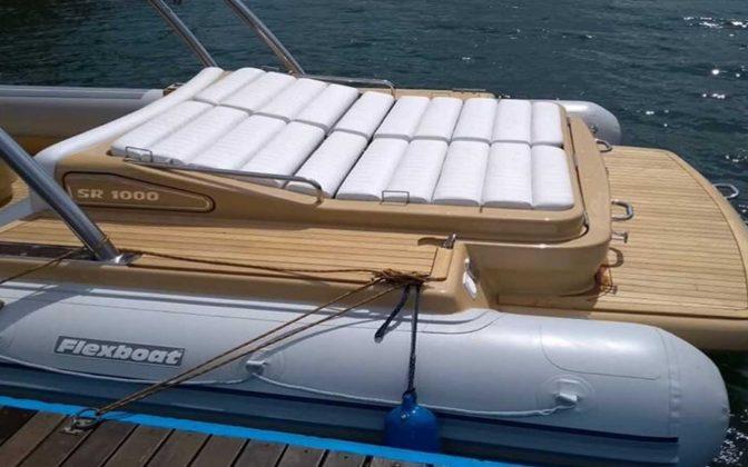 SR1000-Flexboat-02-boatshopping