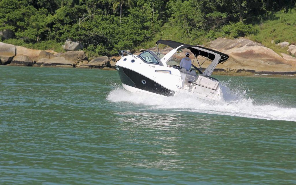 Boat Teste Fibrafort Focker 305-boatshopping